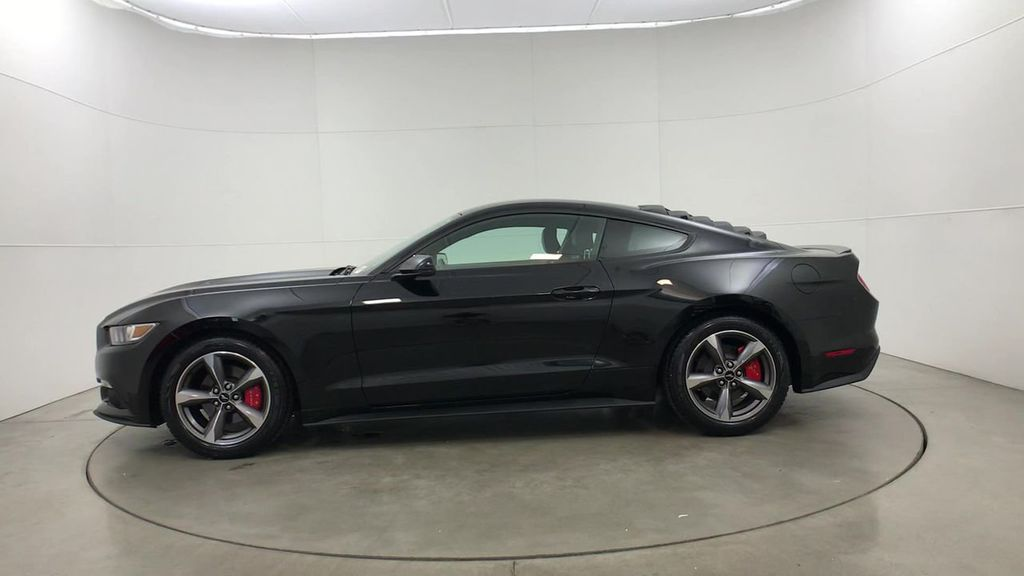 Pre-Owned 2016 Ford Mustang 2dr Fastback EcoBoost Premium