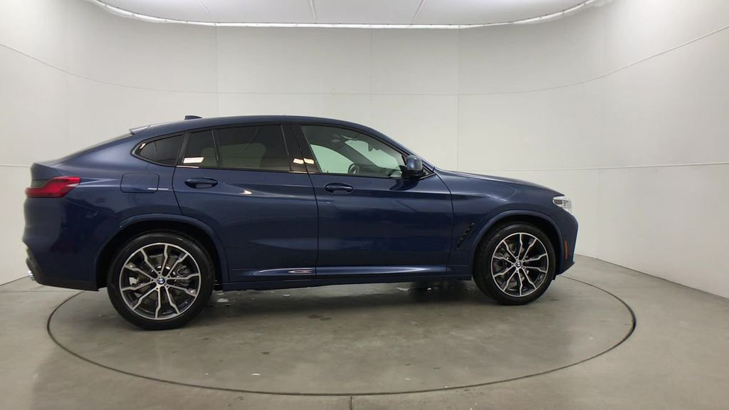 New 2020 BMW X4 xDrive30i Sports Activity