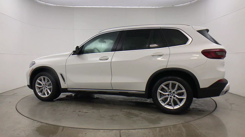 Pre-Owned 2020 BMW X5 xDrive40i Sports Activity Vehicle
