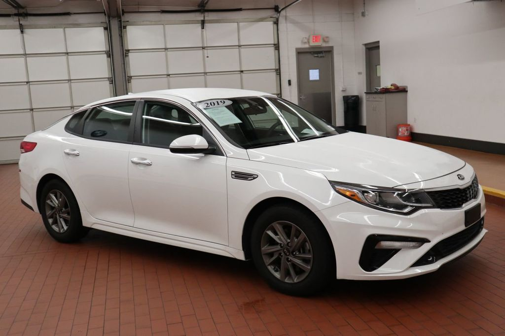 Pre-Owned 2019 Kia Optima LX Automatic