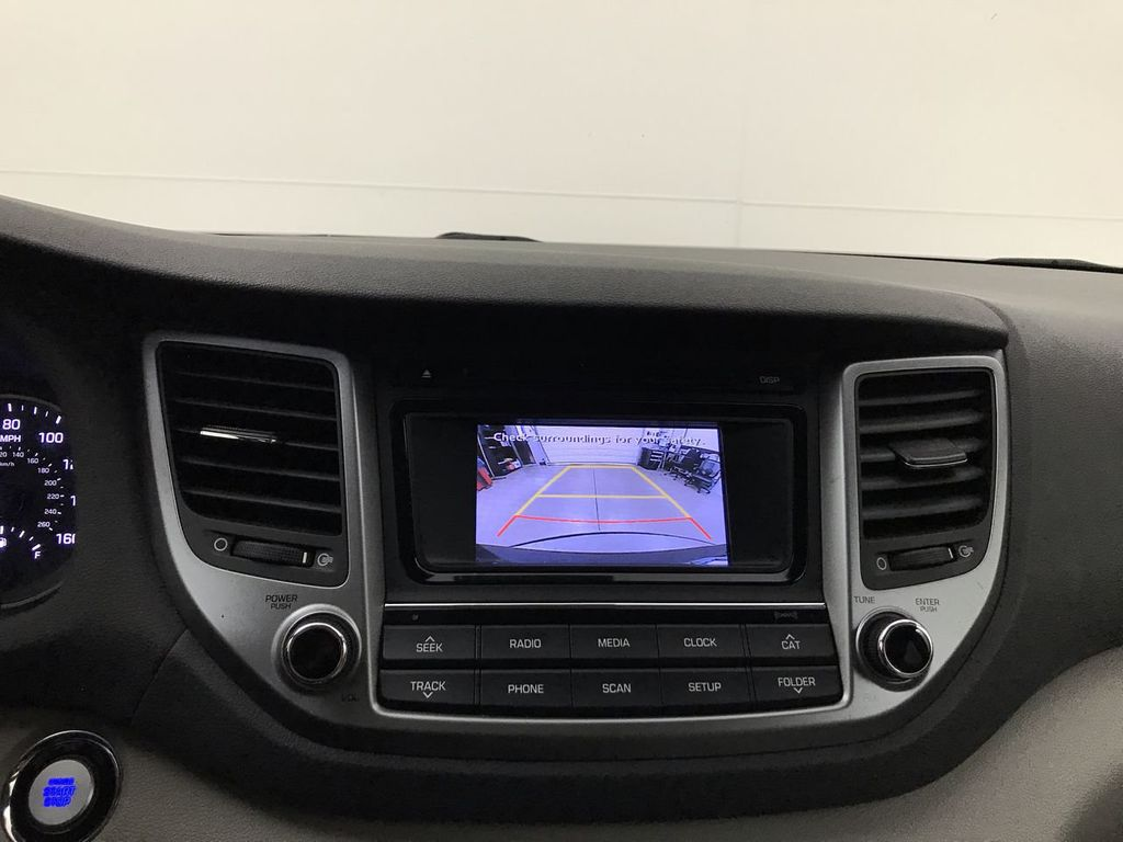 Pre-Owned 2017 Hyundai Tucson 4DR FWD SPT