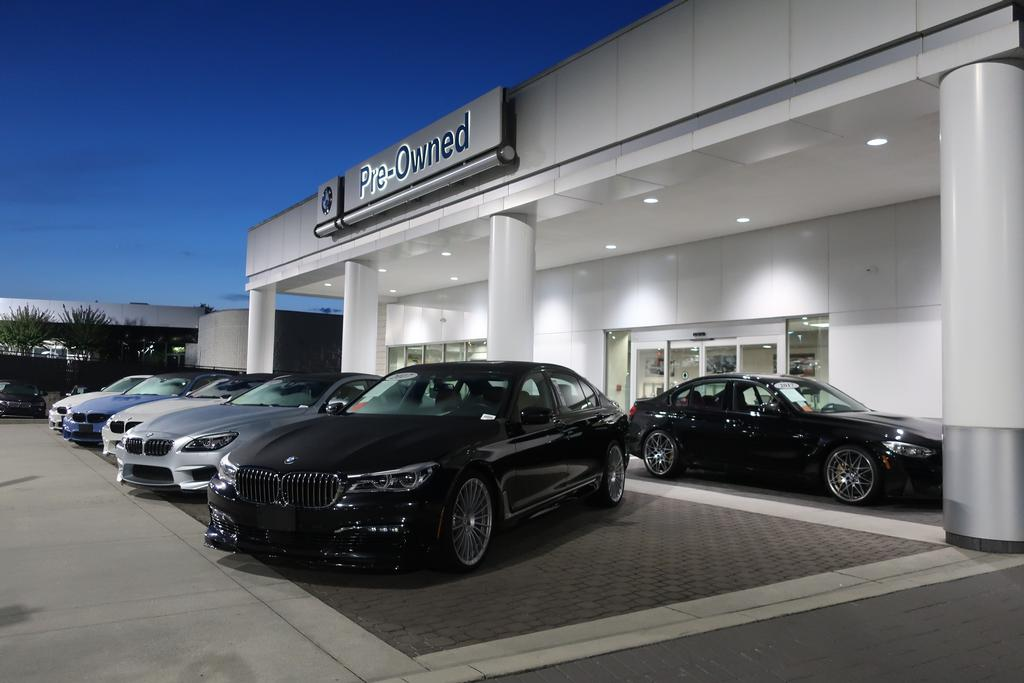 Pre-Owned 2020 BMW 7 series 740i