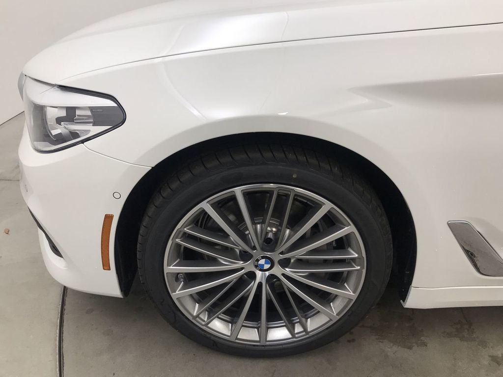 Pre-Owned 2020 BMW 5 Series 540i